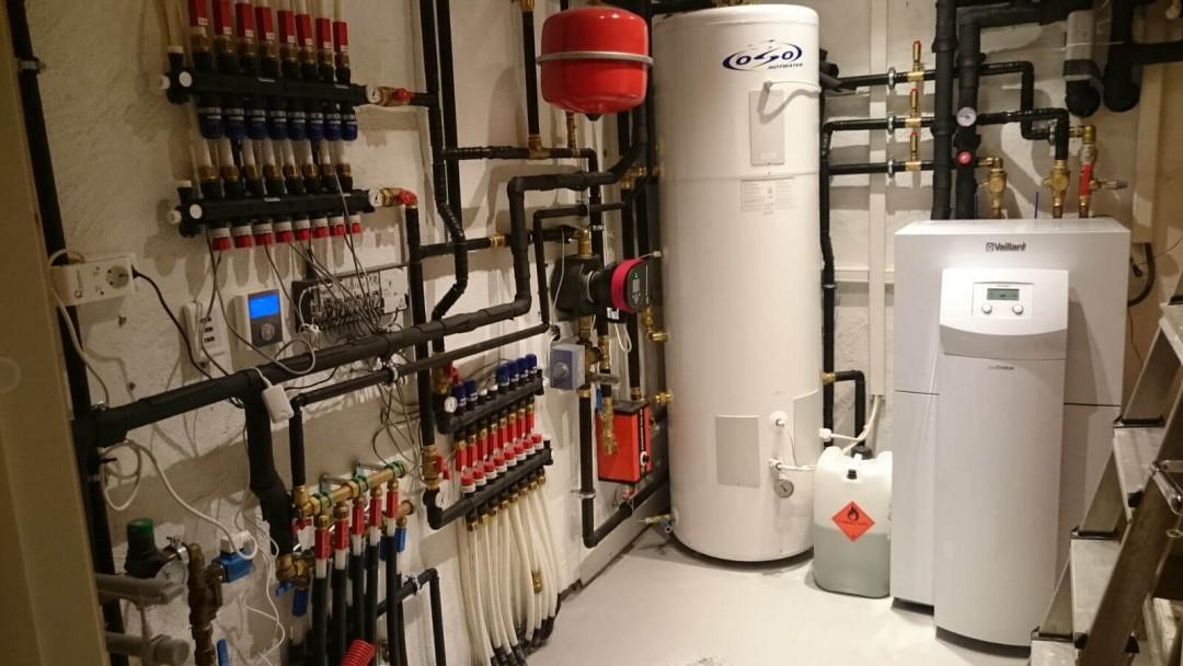 Varmepumpe og kjøling installert i villa.